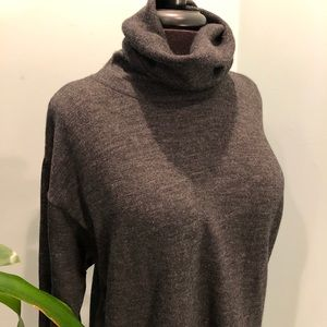 Lord & Taylor The American Womans Shop Sweater